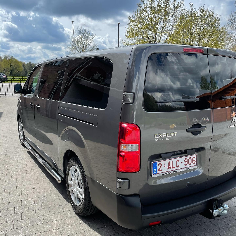 AWS Minibus Verhuur